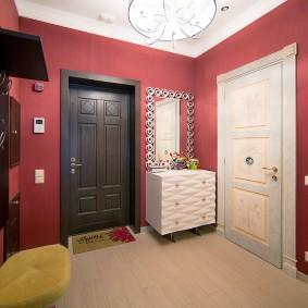 декор прихожей в квартире варианты интерьера