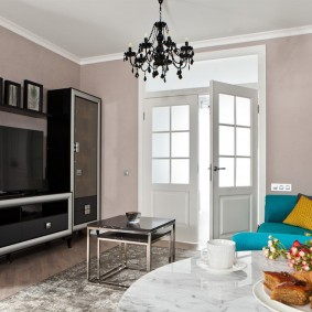 двери в зал и гостиную интерьер