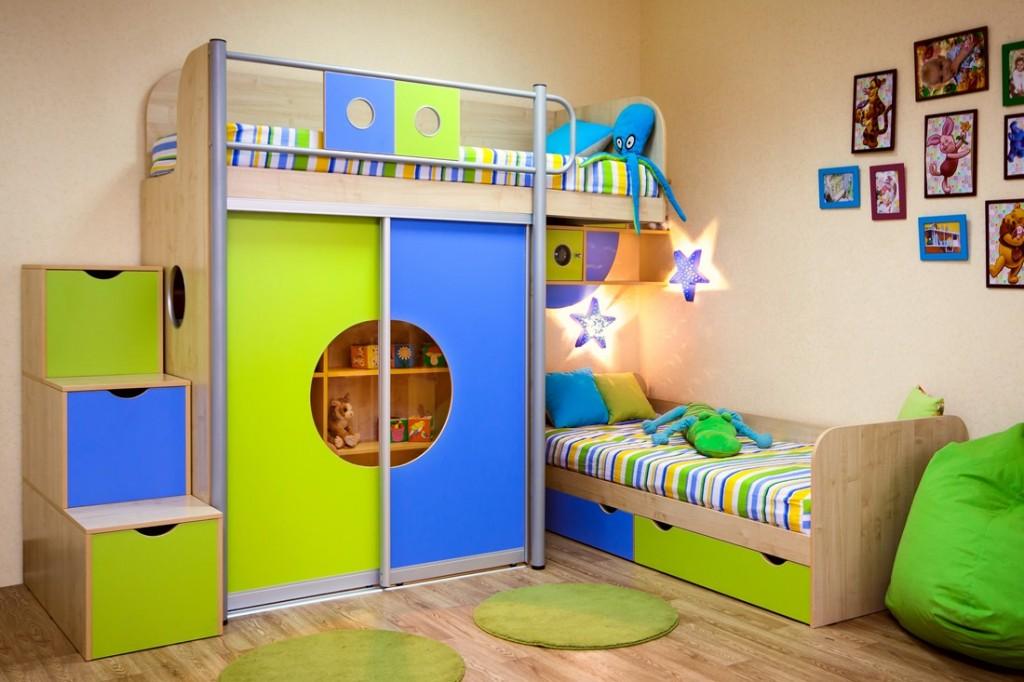 Двухъярусная кровать со шкафом в детскую комнату