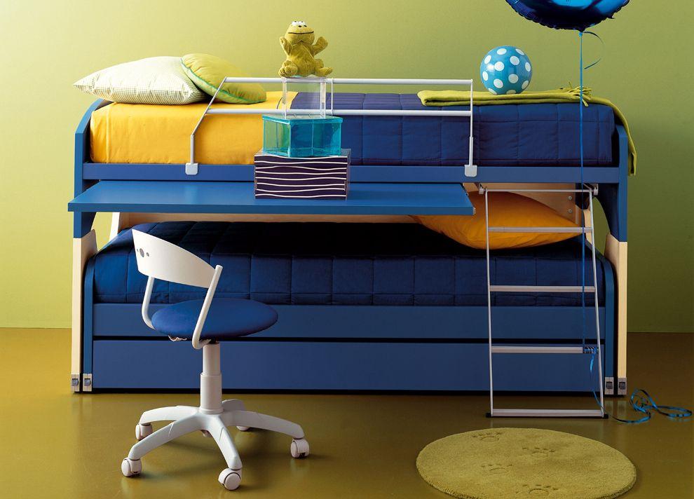 Диван-трансформер синего цвета для детской комнаты