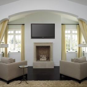 Дизайн зала с арочным проемом из гипсокартона
