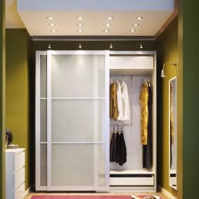 купейный шкаф для хранения одежды и обуви