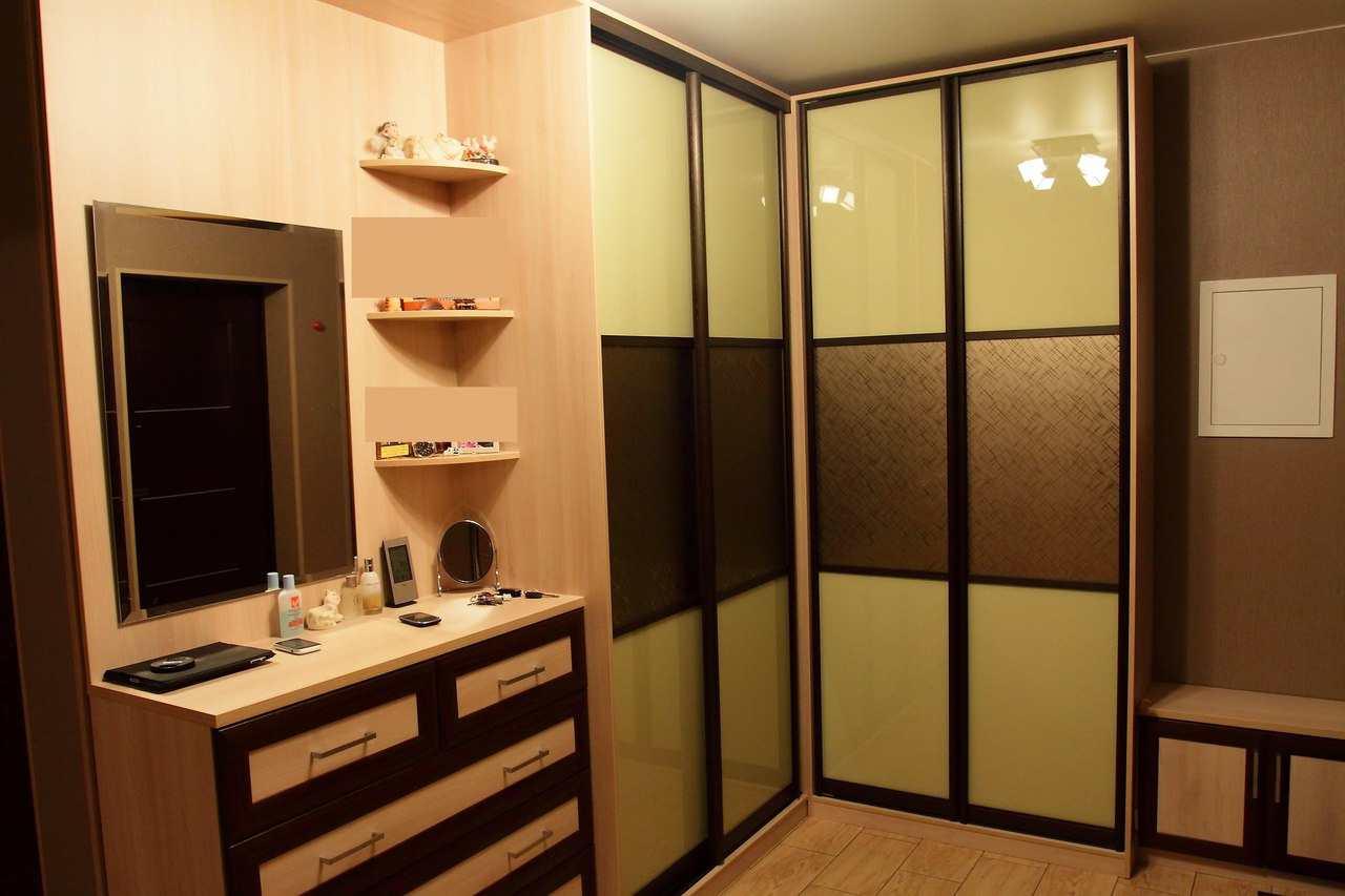 форме шкафы купе угловые в коридор каталог фото видите сне