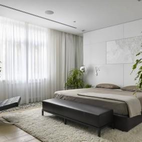 Крепление штор в спальне на скрытом карнизе