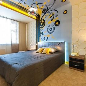 Роспись потолка в спальной комнате