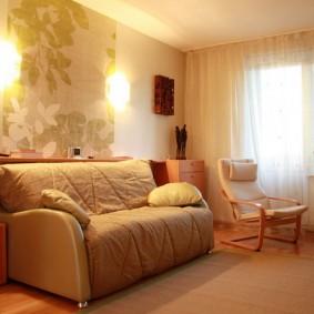 Освещение гостиной комнаты с раскладным диваном