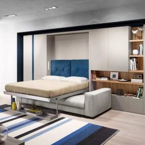Кровать-диван в однокомнатной квартире