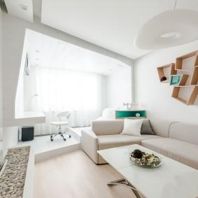 Светлая комната в стиле хай-тек