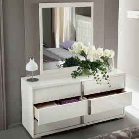 Удобные ящике для постельного белья
