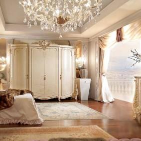 Меблировка спальной комнаты в стиле классика