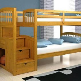 Двухъярусная кровать из сосновых досок