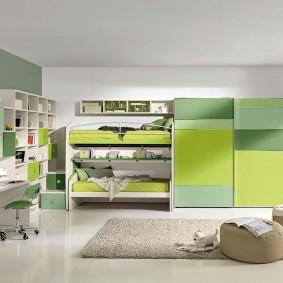 Дизайн детской комнаты с откидными кроватями