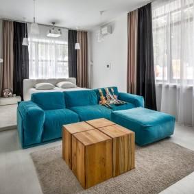 Бирюзовый диван угловой формы