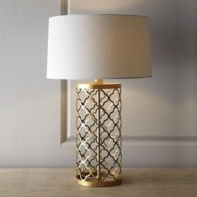 Металлический корпус светильника с ажурным декором