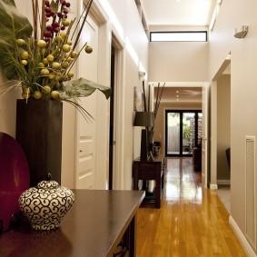 Декор коридора в современном стиле