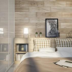 Встроенные полки в стене спальни