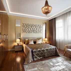 Красивое декорирование интерьера спальни