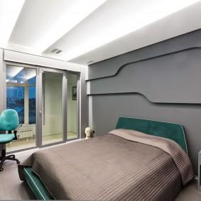Белый потолок в спальне современного стиля