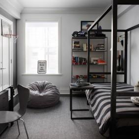 Интерьер спальни в серых оттенках