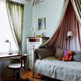 Балдахин над детской кроватью для девочки