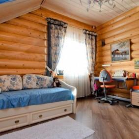 Комната подростка в деревянном доме