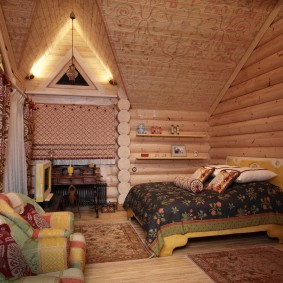 Спальня-гостиная в маленьком доме