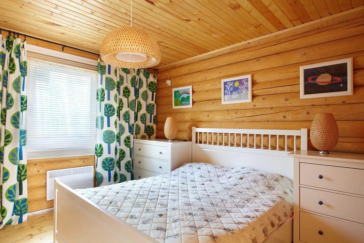каждого уважающего внутренняя отделка комнаты в деревянном доме фото является