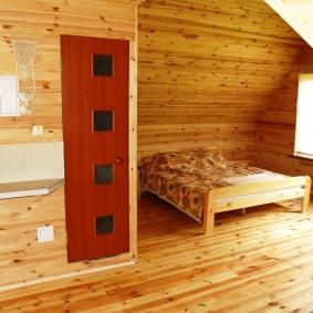 Деревянный пол с лакированным покрытием