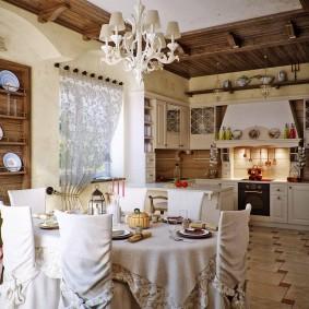 Купольная вытяжка в кухне-гостиной