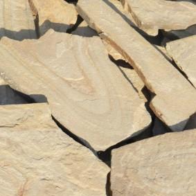 Плоский песчаник для садовых дорожек