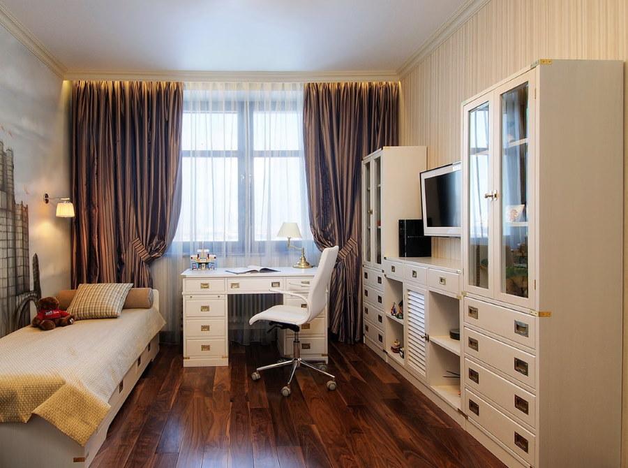 Светлая комната подростка в стиле неоклассика