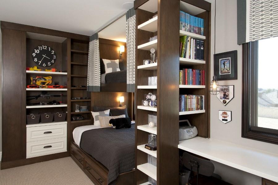 Компактная мебель в комнате двоих подростков
