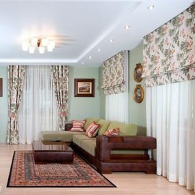 комната с двумя окнами на разных стенах оформление фото