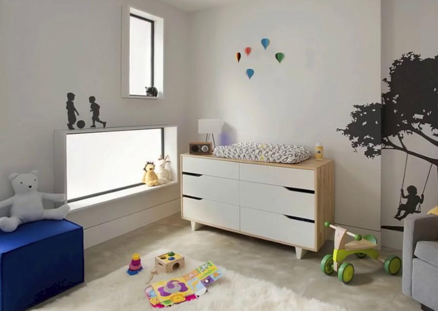 Минималистический комод в спальне ребенка
