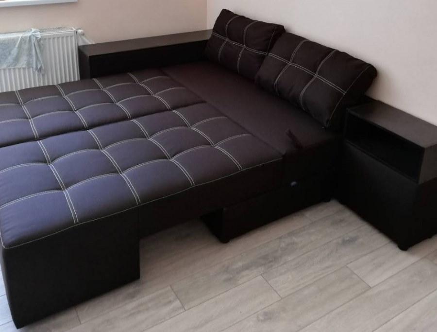 Угловой диван в разложенном положении