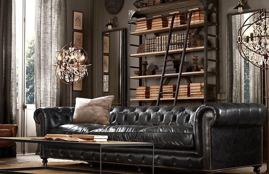 Кожаный диван в мужском кабинете