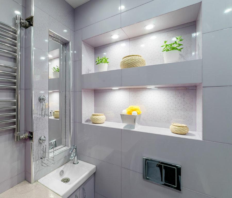 Подсветка ниша в стене ванной комнаты
