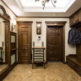 обустройство квадратной комнаты фото декора
