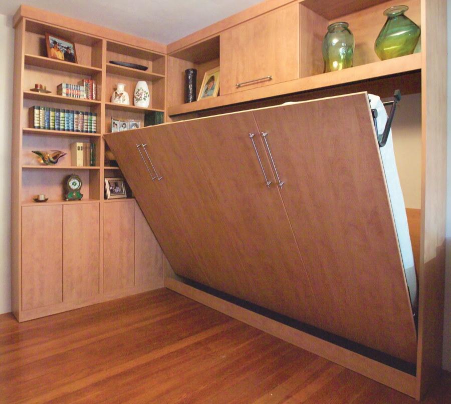 Спальный гарнитур с откидной кроватью