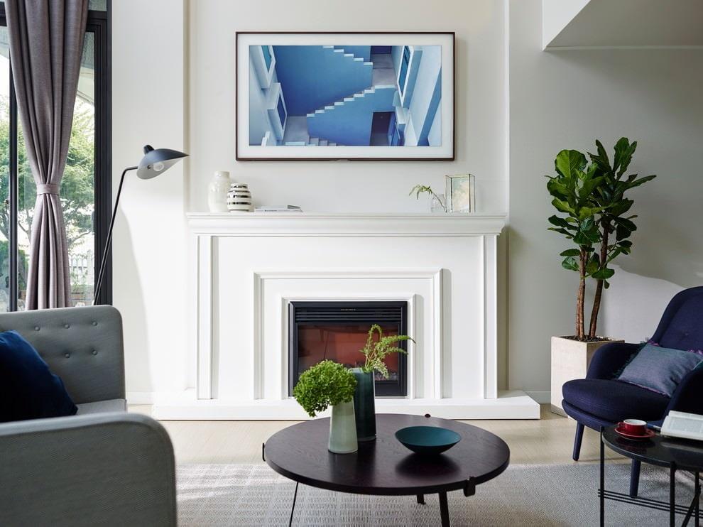 покраска стен в квартире белой краской