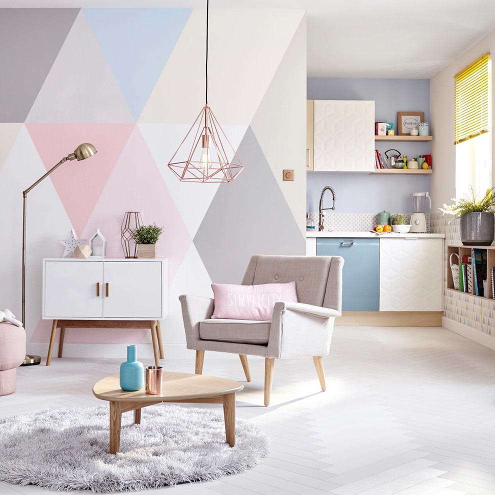 покраска стен в квартире узорами