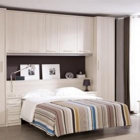 расстановка мебели в комнате фото интерьера