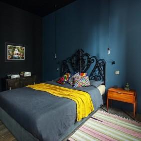 спальня чёрного цвета интерьер