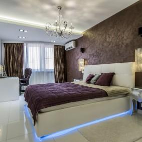 стена за кроватью в спальне декор идеи
