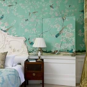 стена за кроватью в спальне фото интерьера