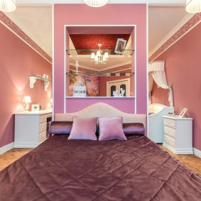 стена за кроватью в спальне интерьер идеи