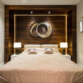 стена за кроватью в спальне дизайн идеи