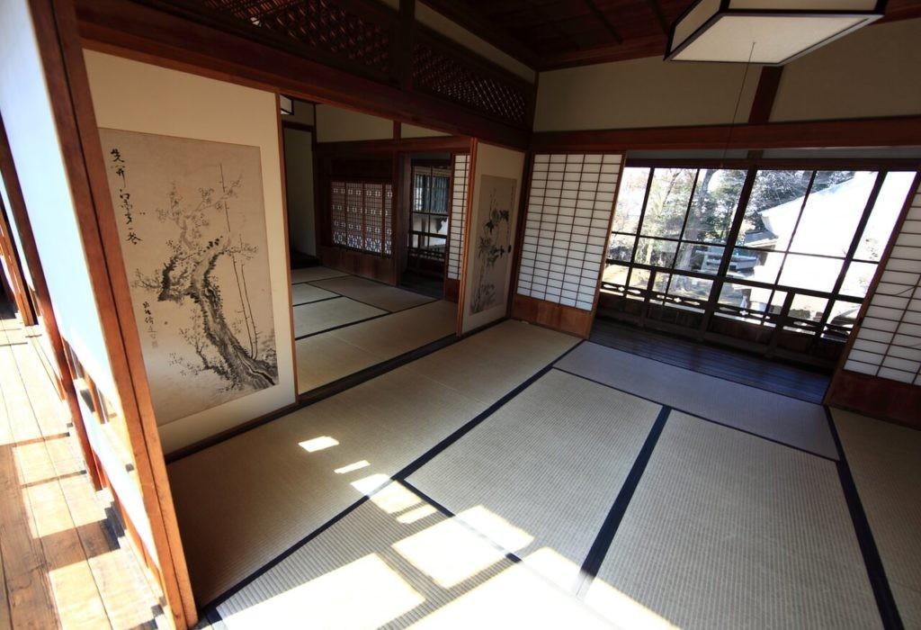 Отделка пола в комнате японского стиля