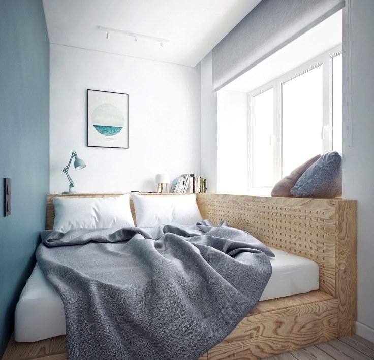 Кровать на подиуме в малогабаритной спальне