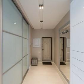 узкий коридор в квартире фото